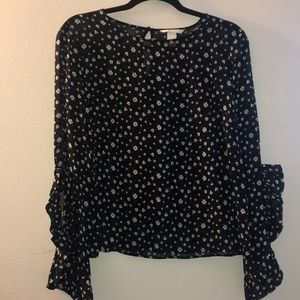 ‼️MOVING SALE‼️ H&M floral long sleeve top